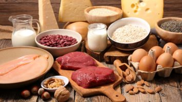 Jídelníček pro dostatek bílkovin