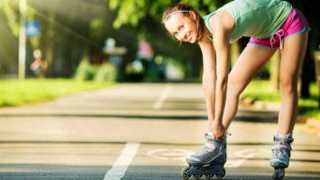 Jak zhubnout na kolečkových bruslích